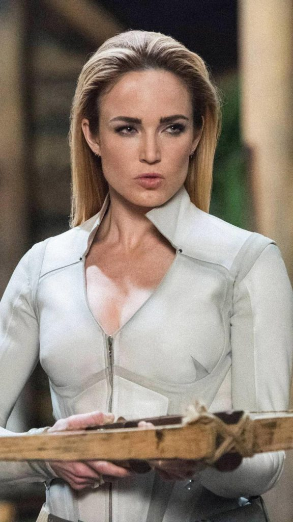 Caity Lotz Body Wallpapers