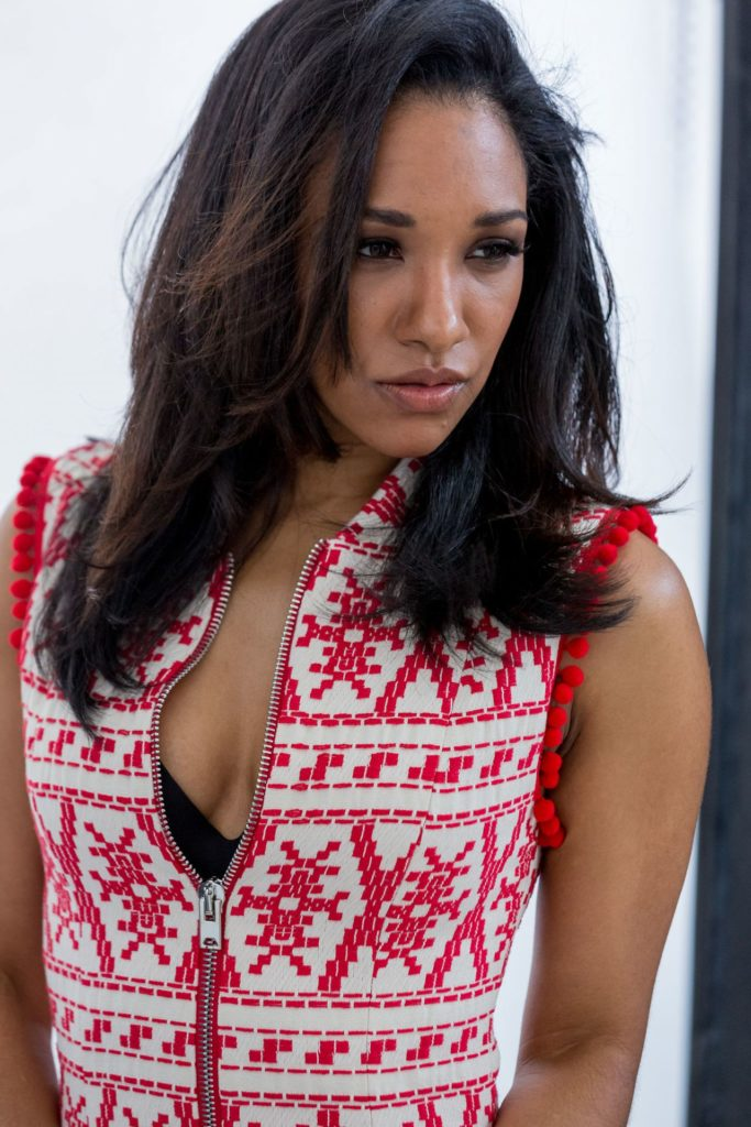 Candice Patton Cleavage Images