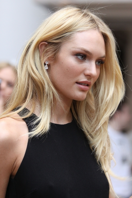 Candice Swanepoel Cute Pictures