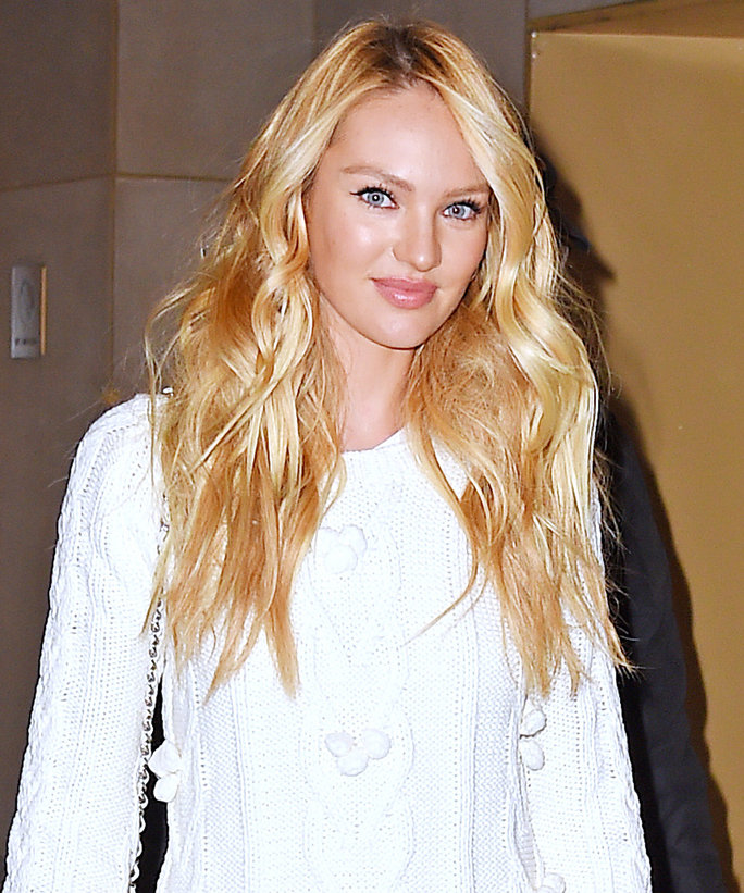 Candice Swanepoel Smileing Photos