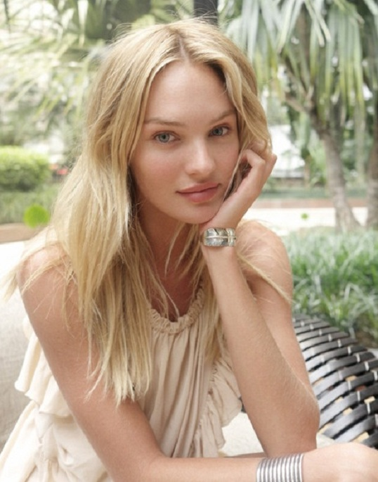 Candice Swanepoel Yoga Pants Pictures