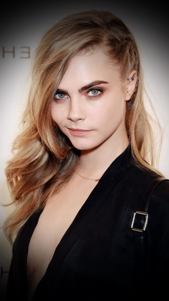 Cara Delevingne Workout Images