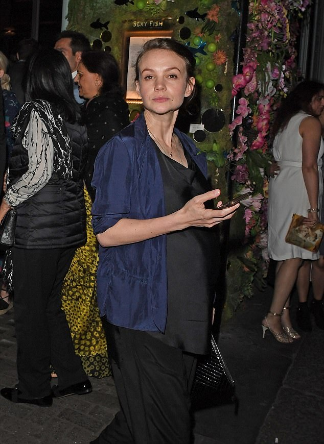 Carey Mulligan Jeans Pictures
