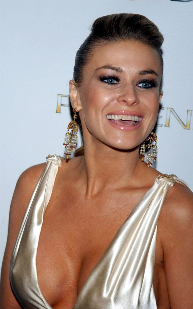 Carmen Electra Thighs Images