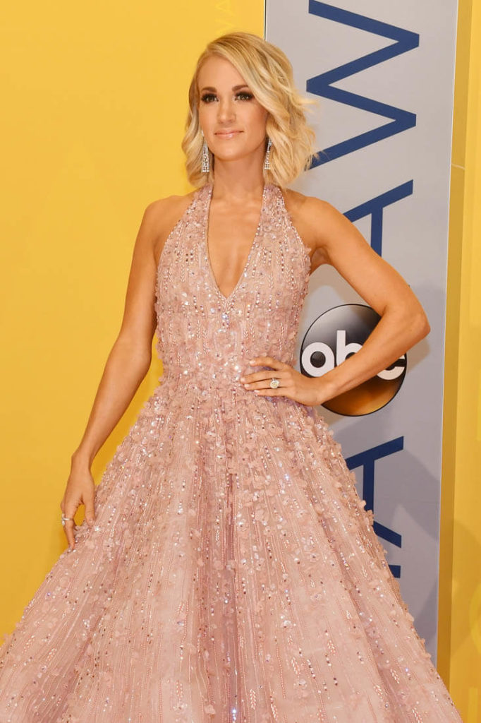Carrie Underwood Hot Pics