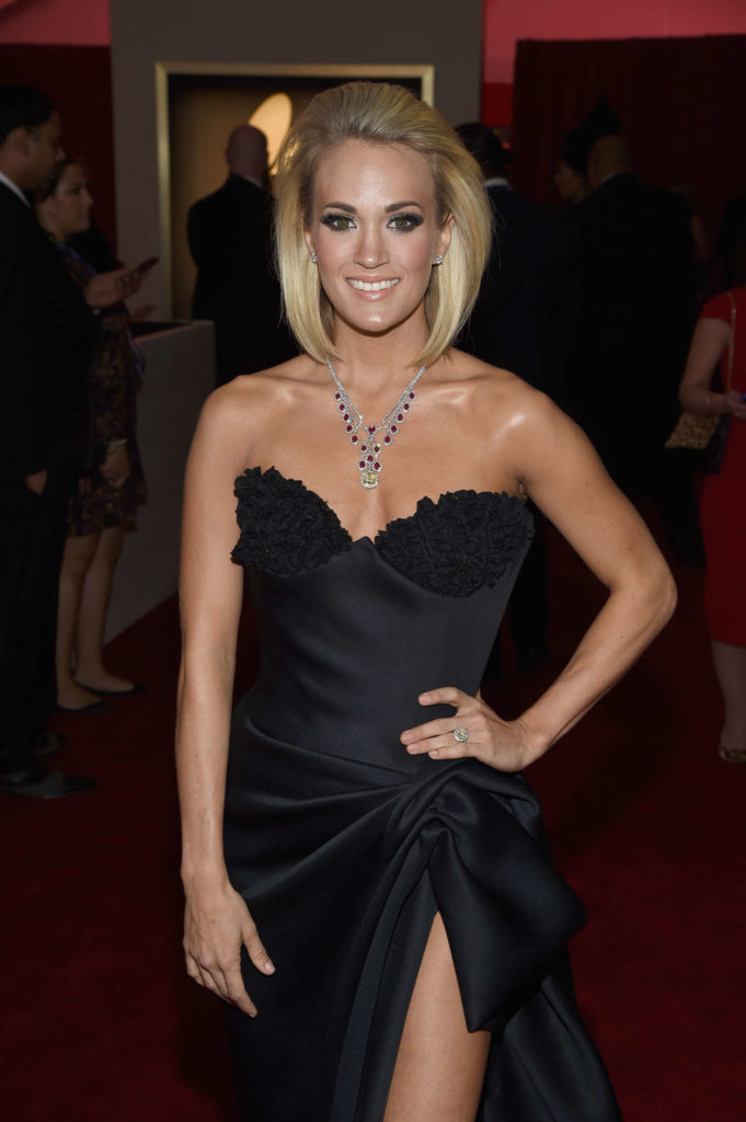 Carrie Underwood Oops Moment Photos
