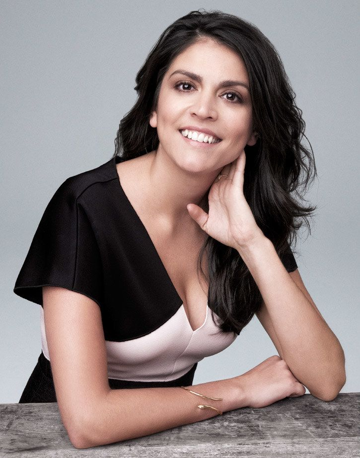 Cecily Strong Bra Images