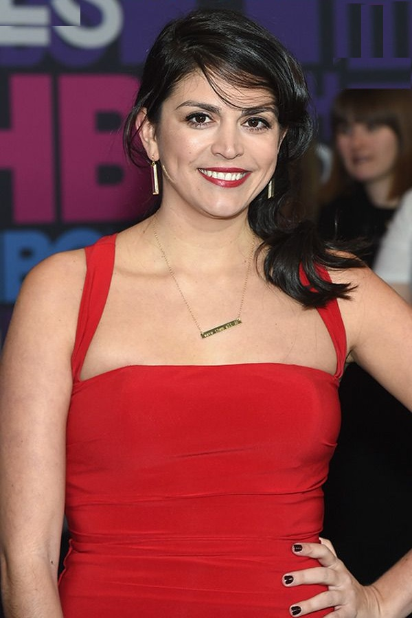 Cecily Strong Images