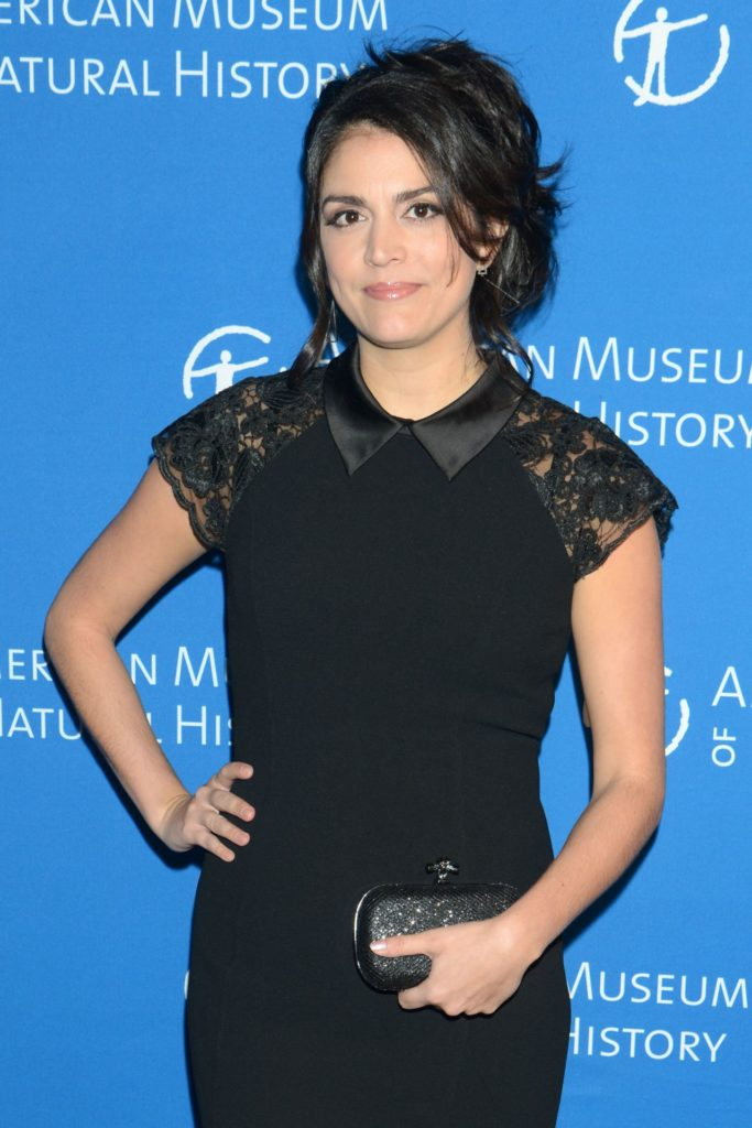 Cecily Strong Jeans Photos