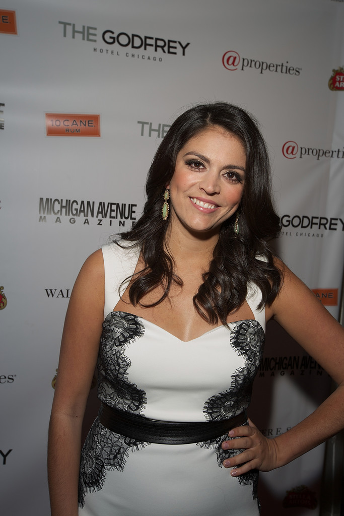 Cecily Strong Leggings Photos