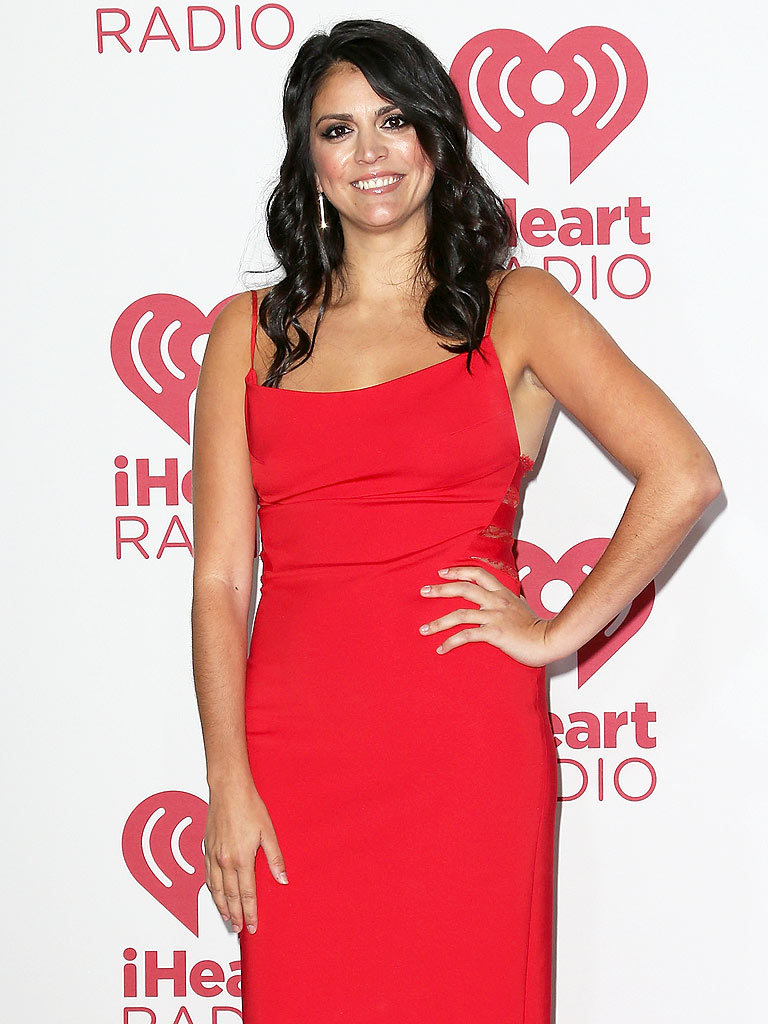 Cecily Strong Pics