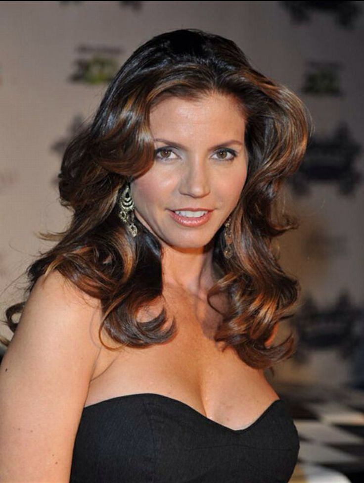 Charisma Carpenter Cleavage Wallpapers