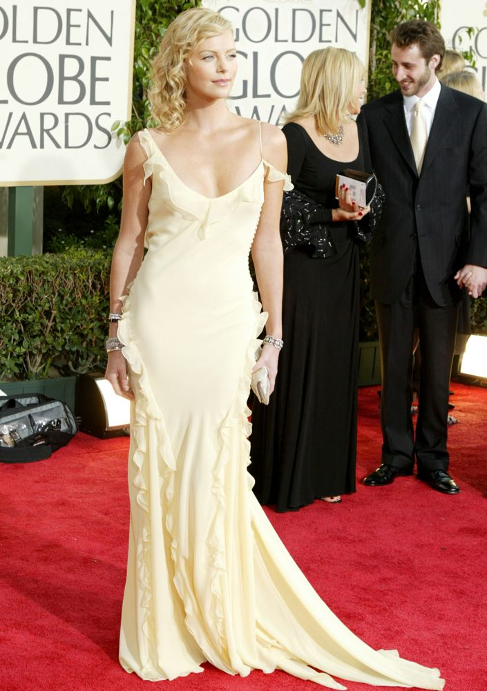 Charlize Theron Smile Face Pics