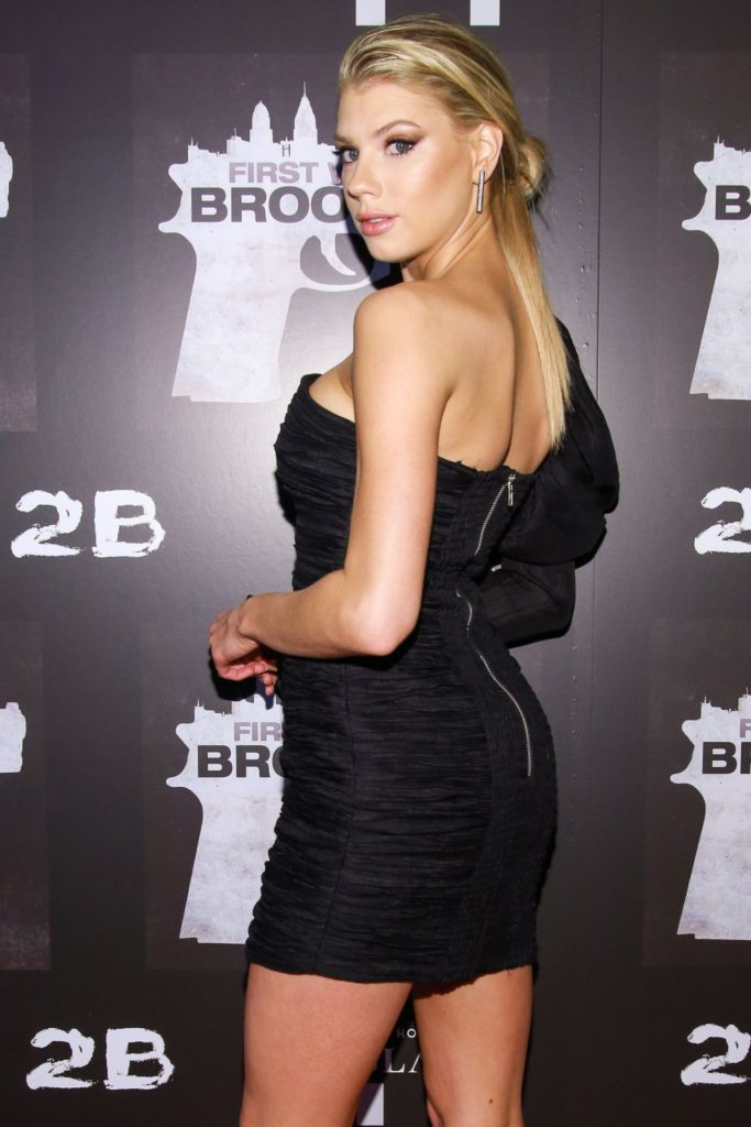 Charlotte McKinney Muscles Wallpapers