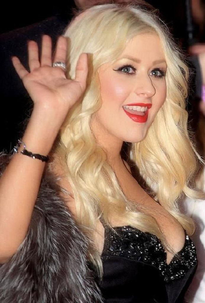 Christina Aguilera Smile Face Pictures