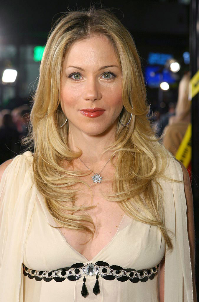 Christina Applegate Braless Photos
