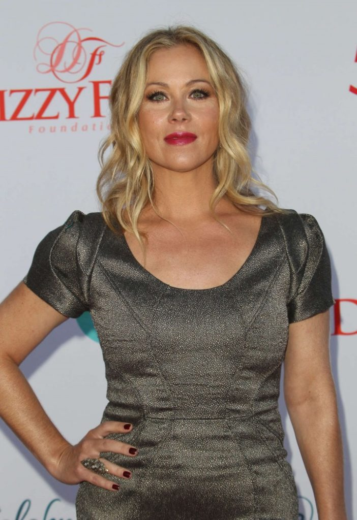 Christina Applegate Cleavage Wallpapers