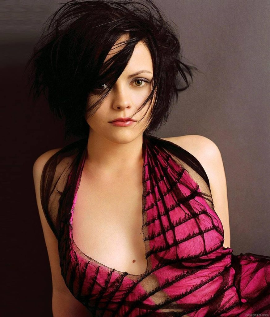 Christina Ricci Oops Moment Images