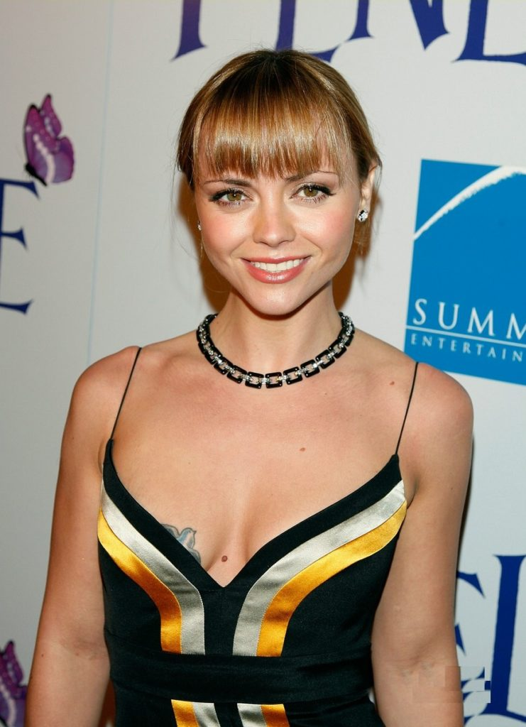 Christina Ricci Swimsuit Pictures