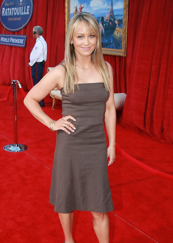 Christine Taylor Muscles Pics