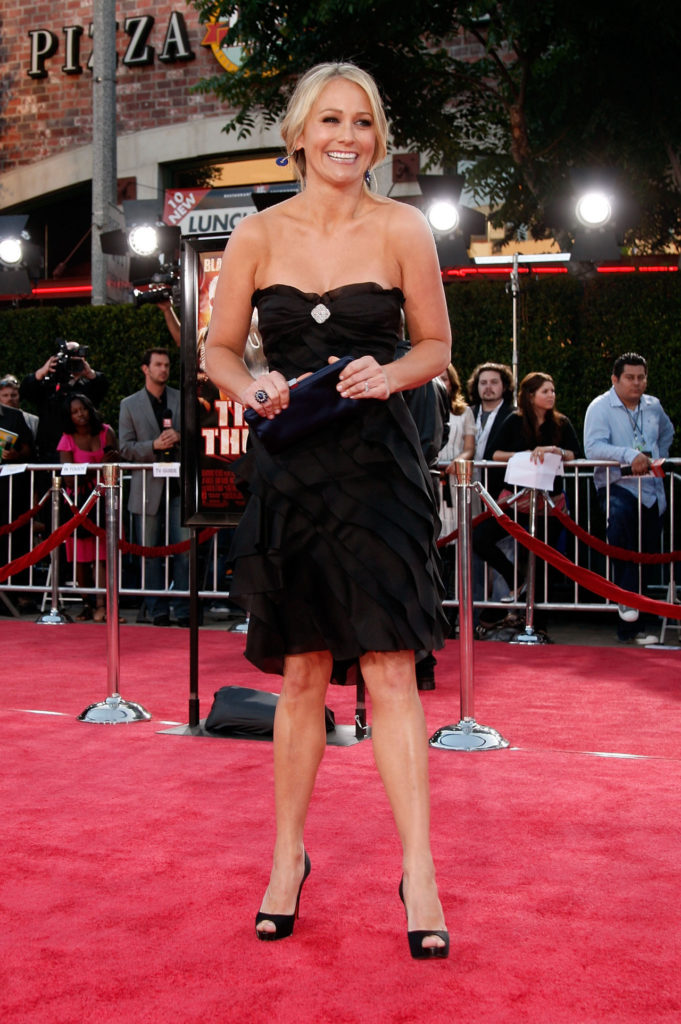 Christine Taylor Topless Wallpapers