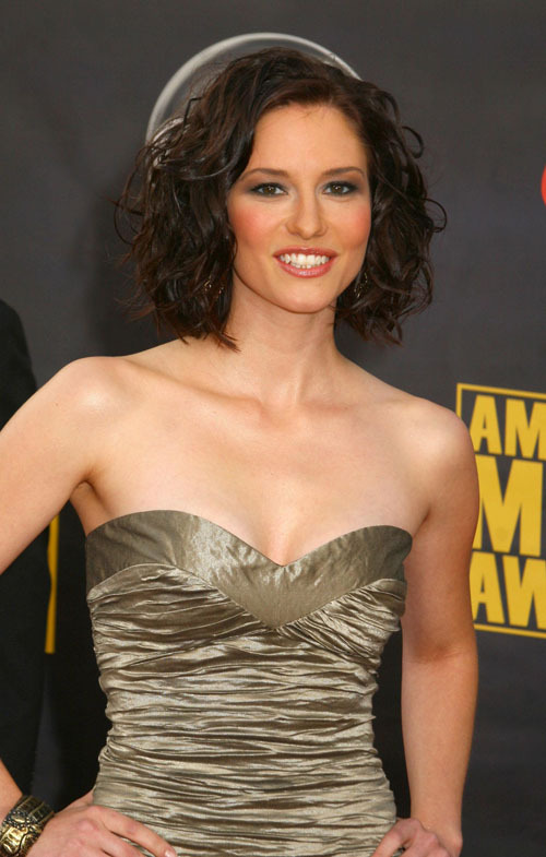 Chyler Leigh Cleavage Pics