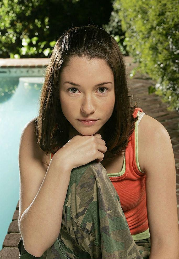 Chyler Leigh Oops Moment Wallpapers