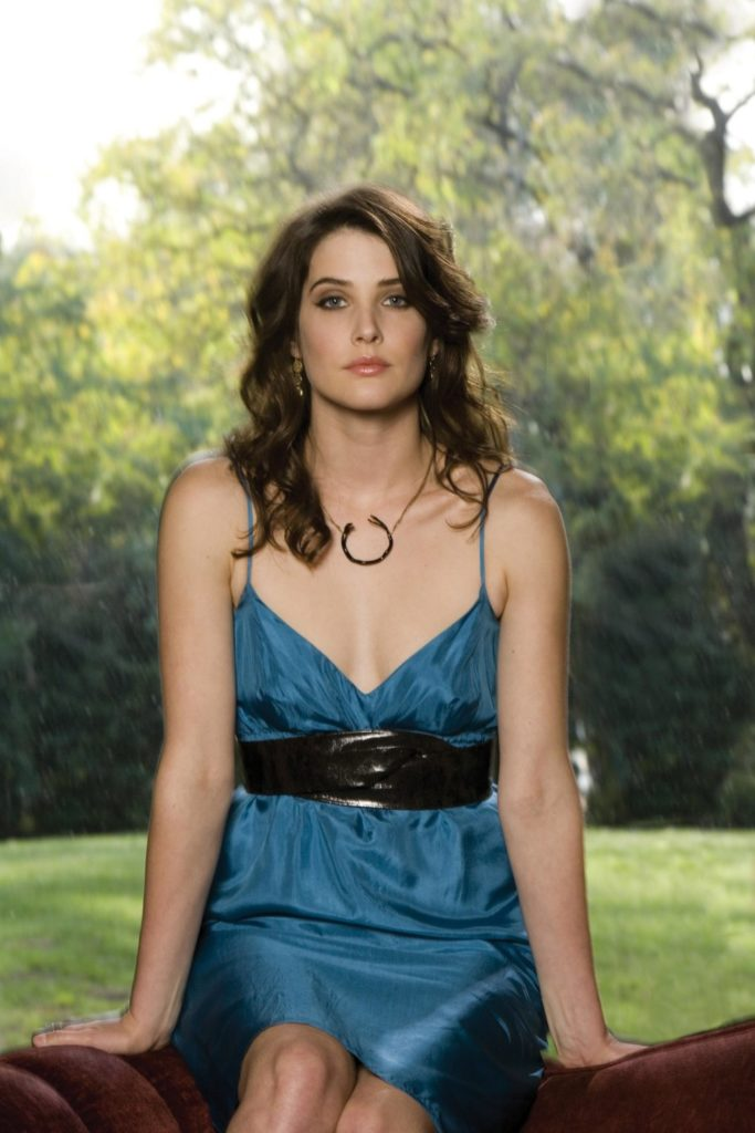 Cobie Smulders Hot Photoshoot