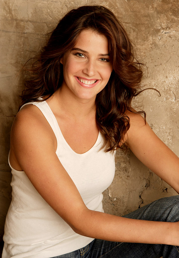 Cobie Smulders Oops Moment Wallpapers