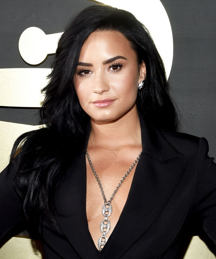 Demi Lovato Cute Wallpapers