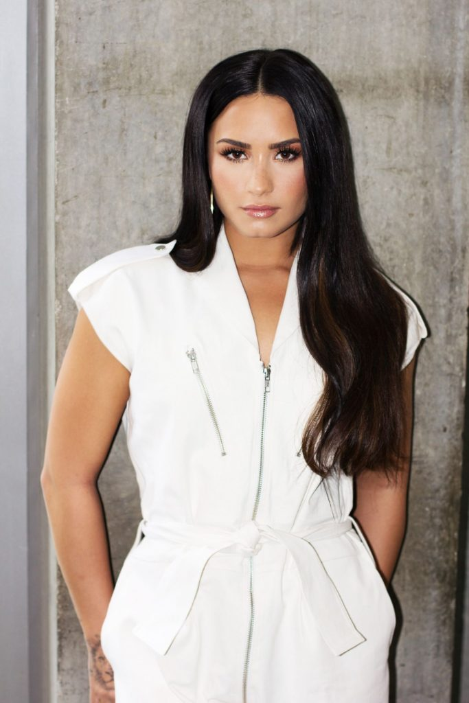 Demi Lovato Hot Photos