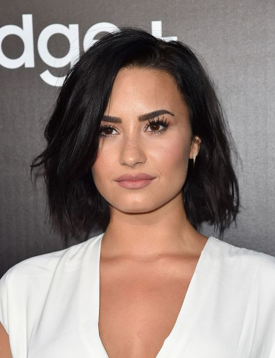 Demi Lovato Short Hair Images