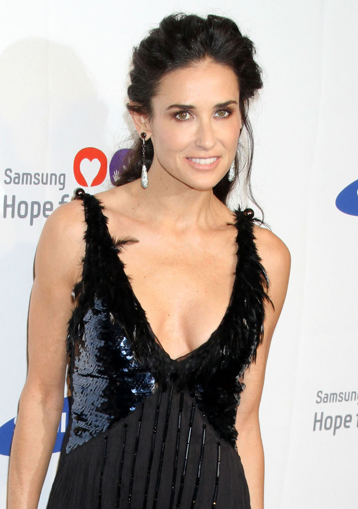 Demi Moore Muscles Pictures