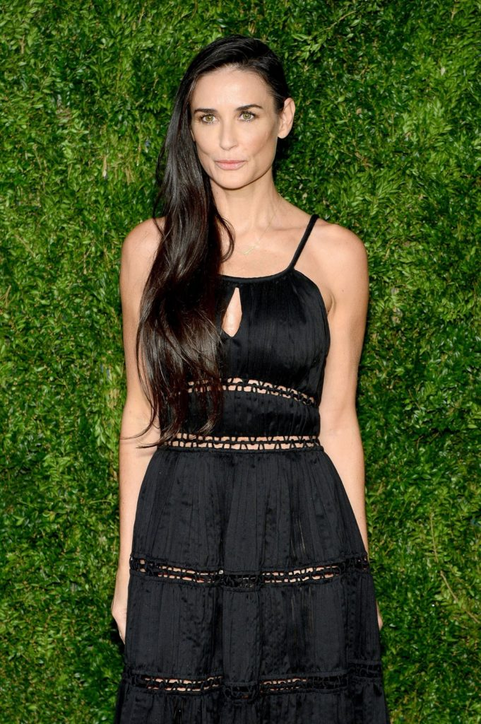 Demi Moore Sexy Images