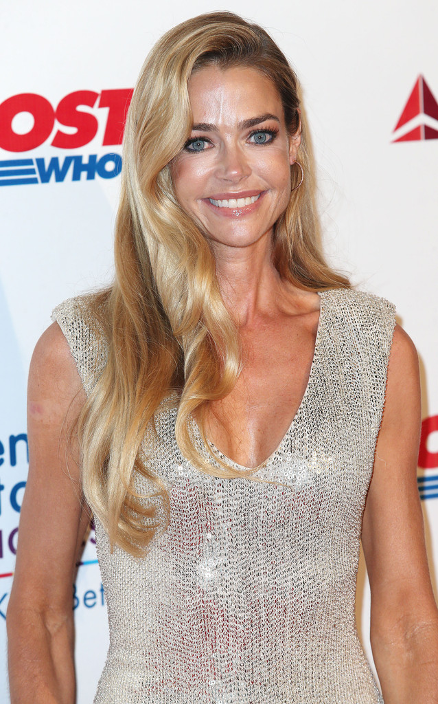 Denise Richards Bra Pictures