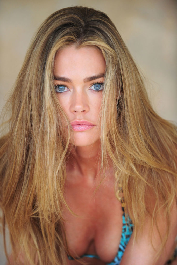 Denise Richards Braless Pictures