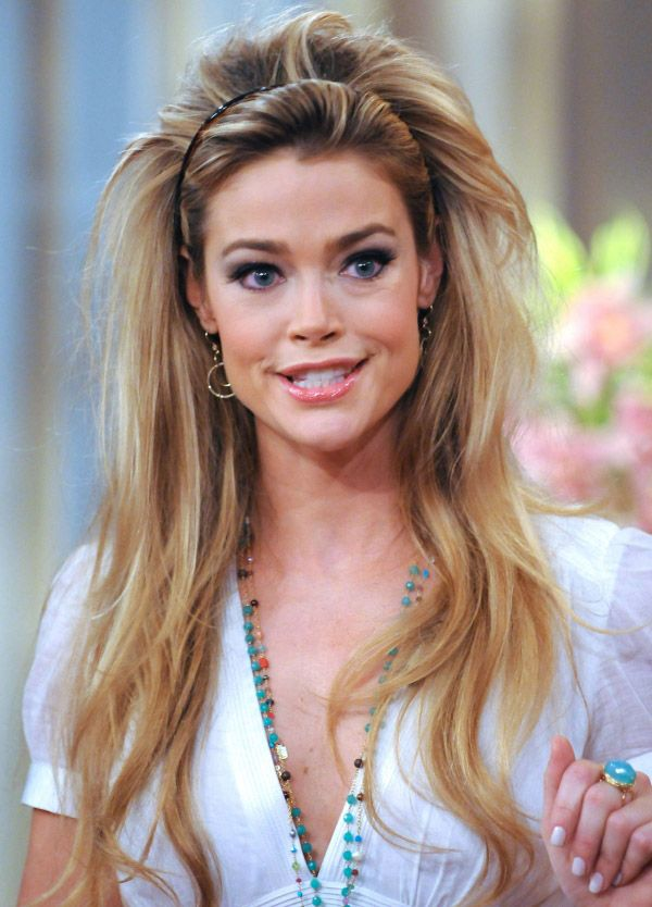 Denise Richards Cute Images