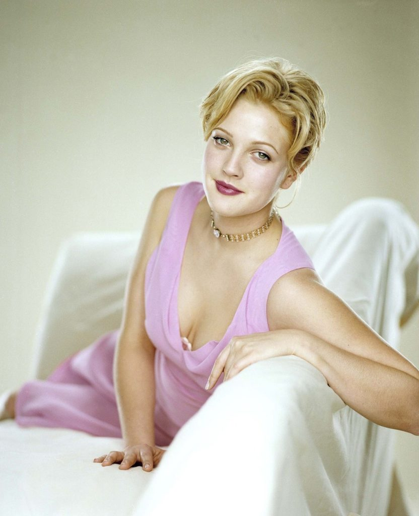 Drew Barrymore Yoga Pants Pictures