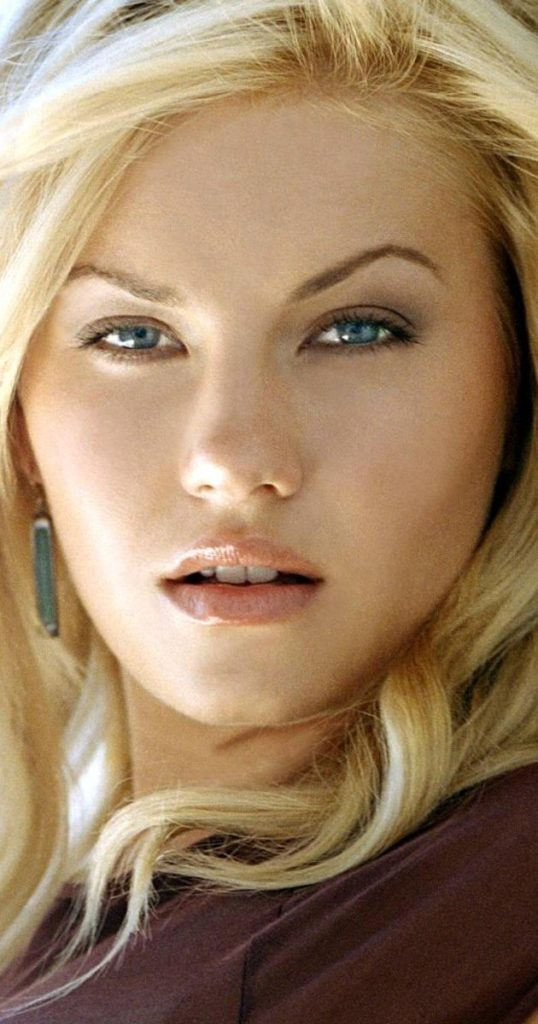 Elisha Cuthbert Working Out Images