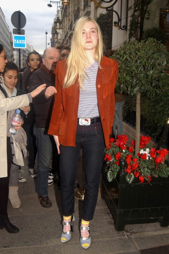 Elle Fanning Body Pictures