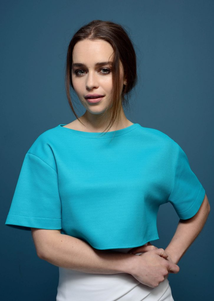 Emilia Clarke Sexy Eyes Photos