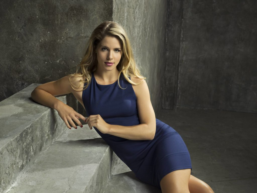 Emily Bett Rickards Leaked Photos