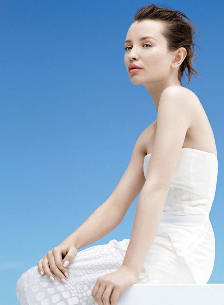 Emily Browning Beach Pictures