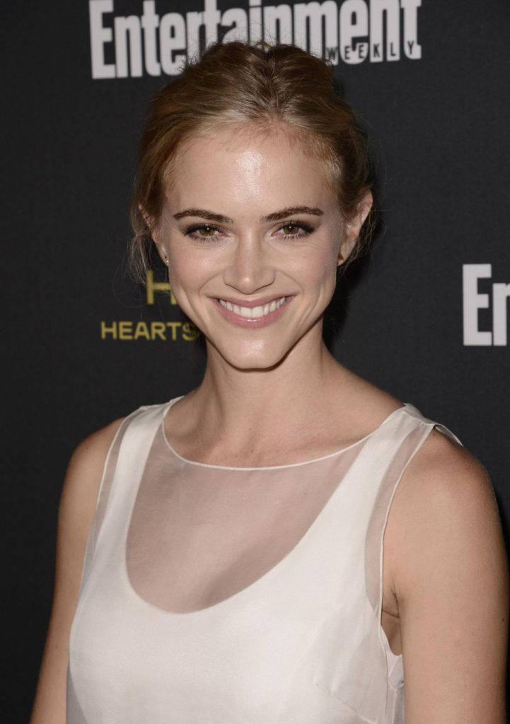 Emily Wickersham Hair Style Images