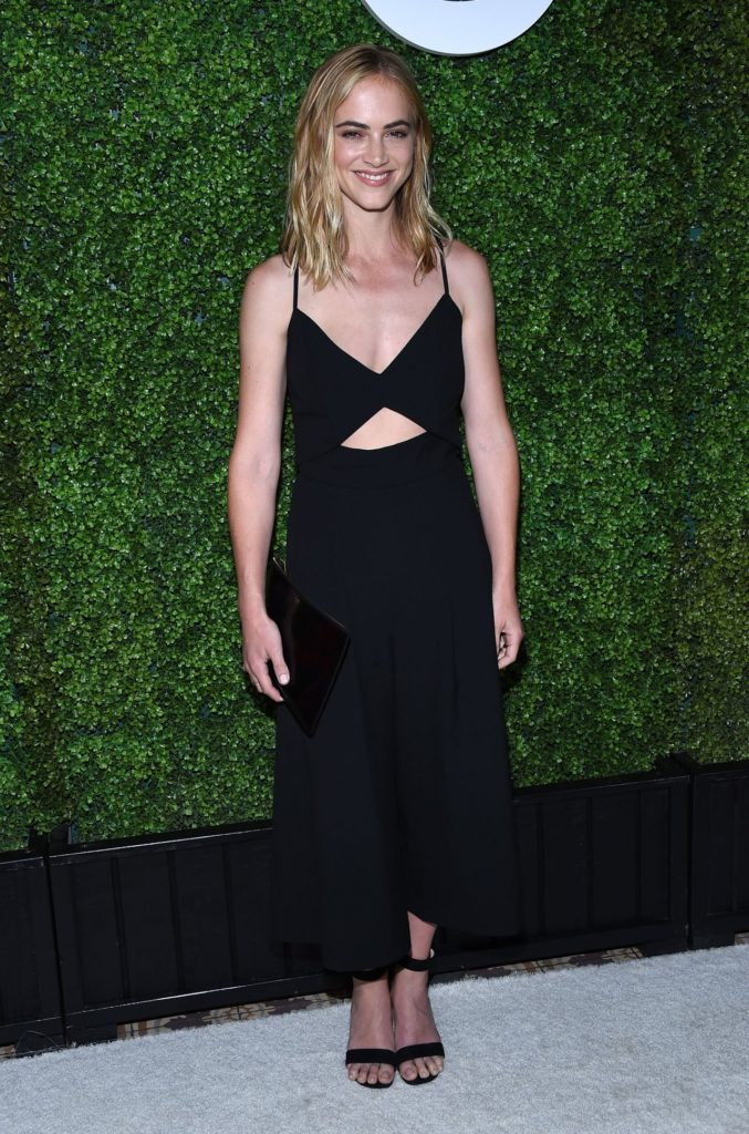 Emily Wickersham Workout Images