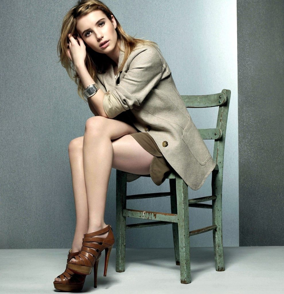 Emma Roberts Thighs Wallpapers