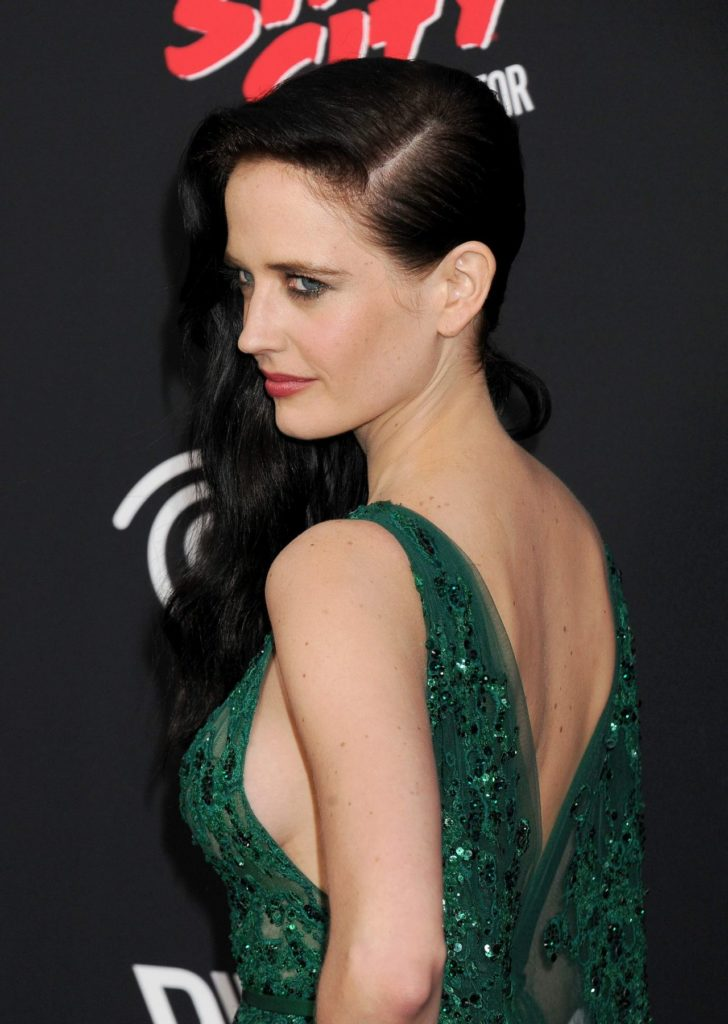 Eva Green Muscles Wallpapers