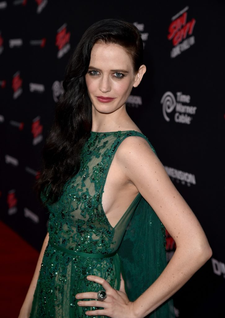 Eva Green Smileing Images