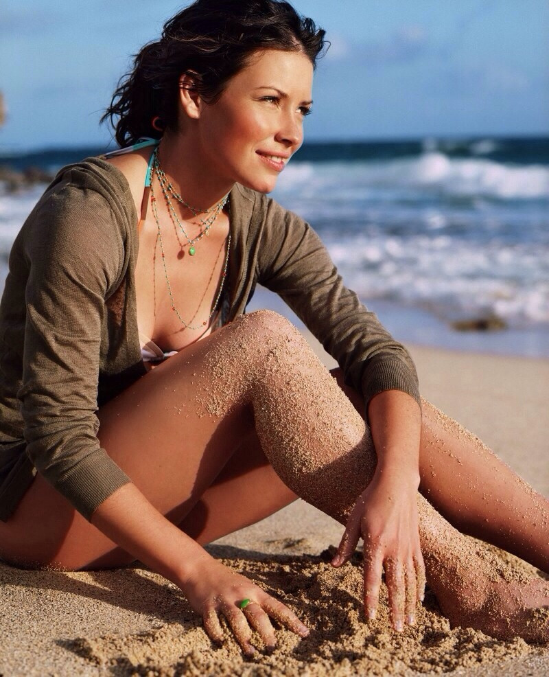 Evangeline Lilly Boobs Images