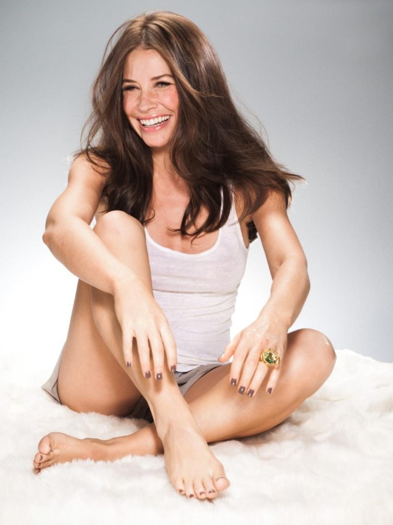 Evangeline Lilly Bra Panty Wallpapers